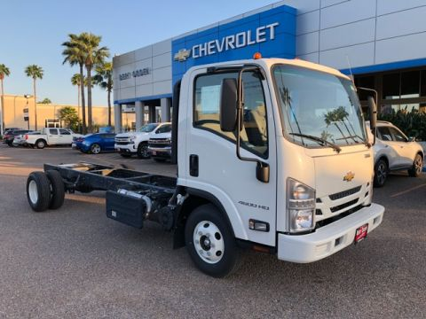 Pre-Owned 2017 Chevrolet 4500 HD LCF CAB AND CHASSIS RWD 2D Standard Cab